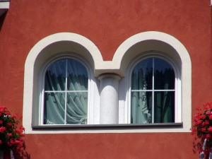 window-in-the-facade-of-dolomite-house-1383071-m